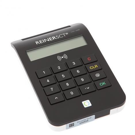 Czytnik cyberJack® RFID comfort do obsługi nowych elektronicznych dowodów osobistych.